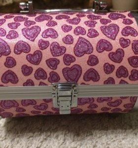 Шкатулка- чемоданчик