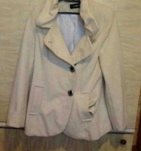 Пальто новое женское