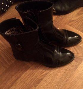 36Демисезонные ботинки