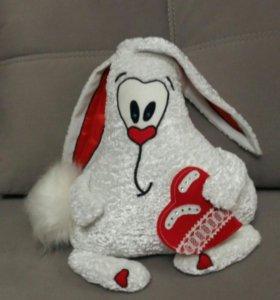 Игрушка заяц.