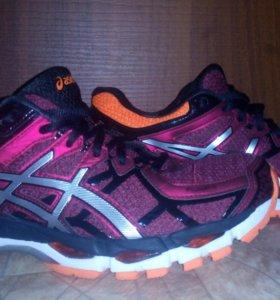Топовые беговые кроссовки Asics gel-kayano