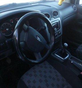 Форд фокус 1.4мкпп 2008г 156000км