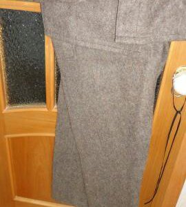 Суконный костюм