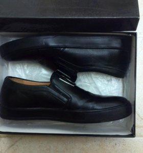 Мужские туфли( ни разу не ношенные)