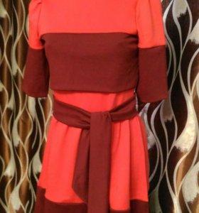 Новое теплое платье 42-44 трикотаж + даром клатч
