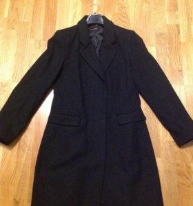 Демисезонное пальто,шерсть