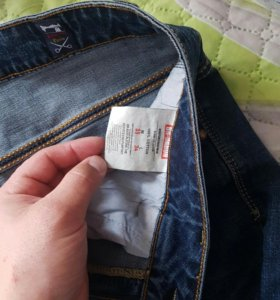 Продам джинсы хорошее качества
