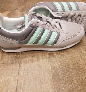 Adidas. Новые.