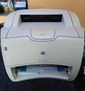 Лазерный принтер HP 1300