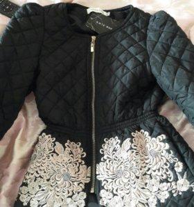 Отличная курточка на подростка