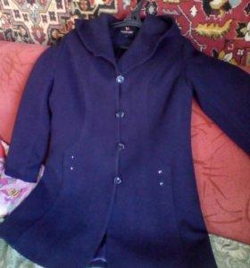 Пальто с капешоном