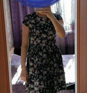 Платье ремень в подарок.