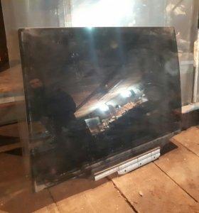 Заднее стекло PROBOX
