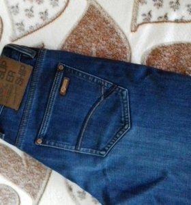 Продам джинсы утепленные