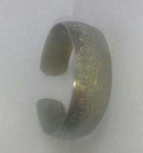 Церконьевый браслет