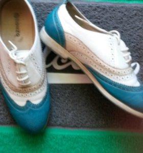 Спортивная обувь р37-38