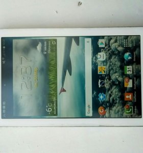 Планшет Samsung Galaxy Tab 3 на 8г