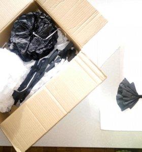 Бумажные помпоны и гирлянда- кисточки