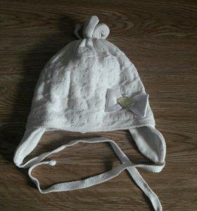 Продам шапочки для девочки