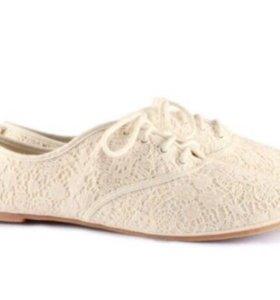 Новенькие ажурные ботиночки H&M
