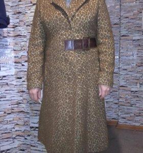 Пальто шерстяное, демисезонное