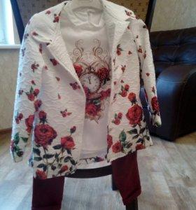 Комплект пальто, кофта, брюки 4-5 л.