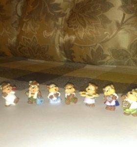 Коллекция игрушек из киндер-сюрприза 80-90х годов