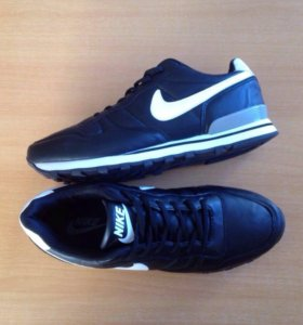 Nike . Новые кроссовки .