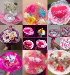 Букетики из конфет и игрушек