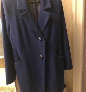 Шерстяное пальто в отличном состоянии