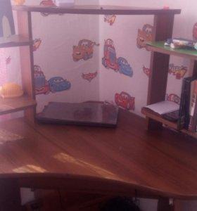Угловой комп стол