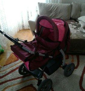 Продается детская коляска б/у,в хорошем состоянии.