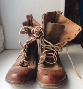 Ботинки, высокие. На шнуровке