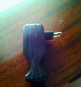 Зарядник для ботареек пальччиковые и мизинчековые