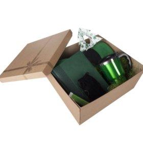 Подарочные крафт коробки