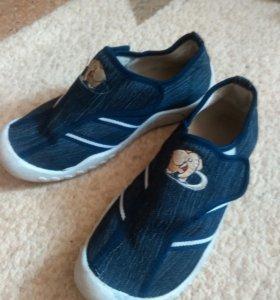 Обувь детская 35