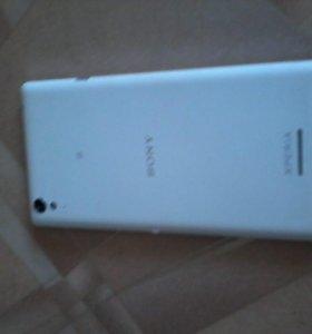 Телефон Sony xperi T3