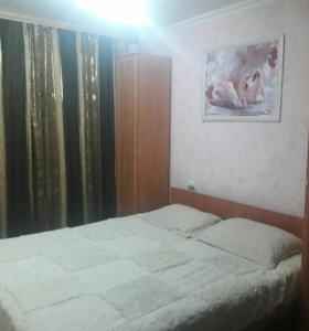 Кровати и шкафы