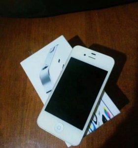 Продам iPhone 4 s (32 gb)
