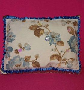 Декоративная подушка (синие цветы), ручная работа