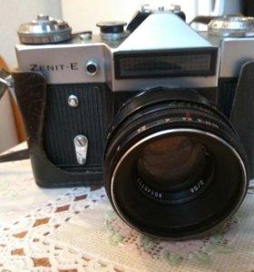 Зеркальный фотоаппарат Зенит E