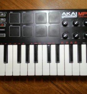 Клавиатура Akai MPK mini б.у.