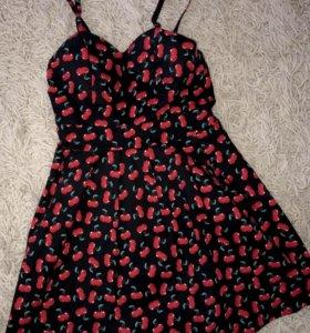 Брендовое платье с вишенками