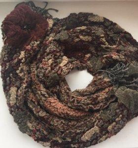 Красивый весенний шарф с цветами