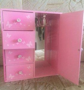 Шкафчик для бижутерии