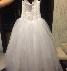 Свадебное платье 44 р-р