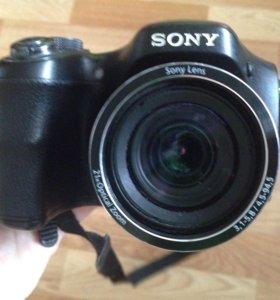 Цифровой фотоаппарат Sony - H100