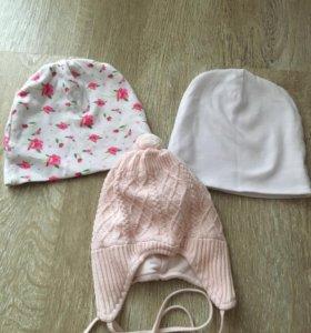 Комплект шапочек на весну