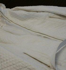 Пальто белоснежное новое
