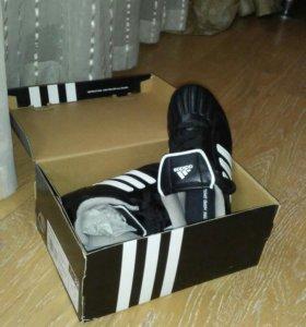 Бутсы футбольные детские adidas